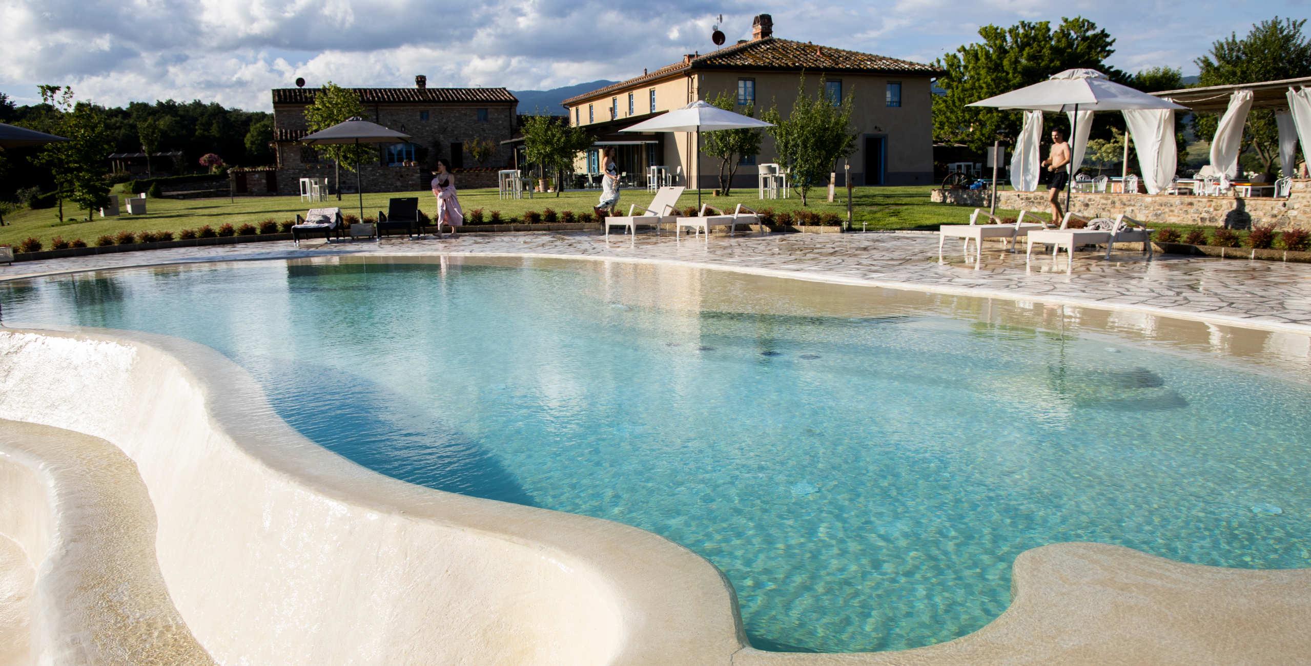 piscina-panoramica-tenuta-le-tre-virtu